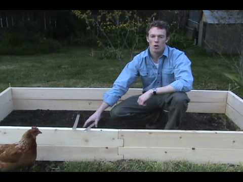 Raised Garden Bed: Natural Cedar