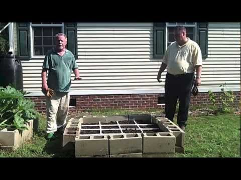 Building a Square Foot Garden