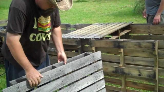 5 on the Farm: CHEAP Raised Bed Garden