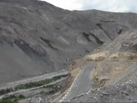 Upper Himachal Pradesh, Desert landscape drive