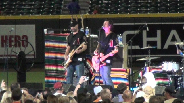 Roger Clyne & The Peacemakers – Phoenix AZ – Chase Field – 8/25/2012