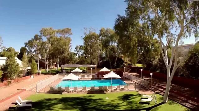 Desert Gardens Hotel Rooms, Facilities, Restaurants and Bar