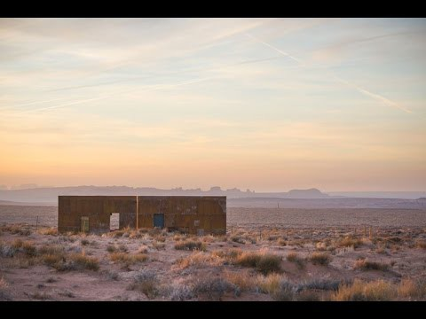 colorado building workshop places two corten cabins against the desert landscape