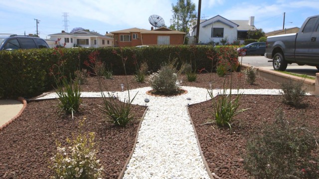 Grassless Lawns Catching On During California Drought