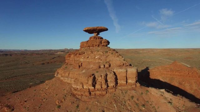 Drone flying southern Utah & Arizona landscapes