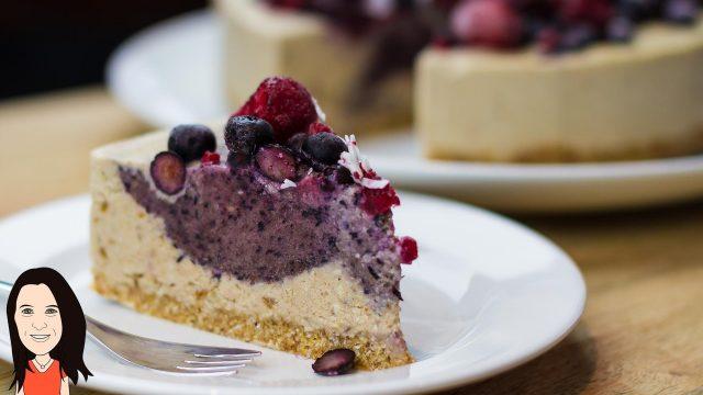 Raw Vegan Berry Cheesecake – Easy Recipe!