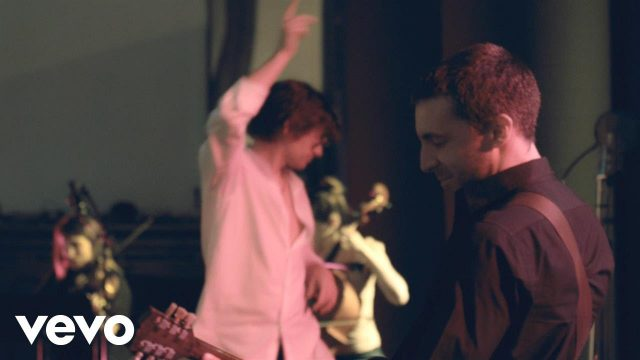 The Last Shadow Puppets – Les Cactus (Official Video)