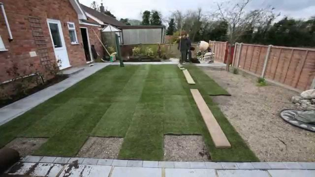 How to landscape your back garden