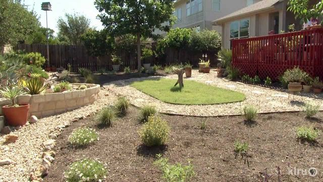 No-lawn garden design|Lana & Bob Beyer|Central Texas Gardener
