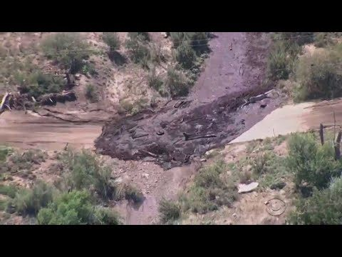 Flash floods tear across Arizona desert