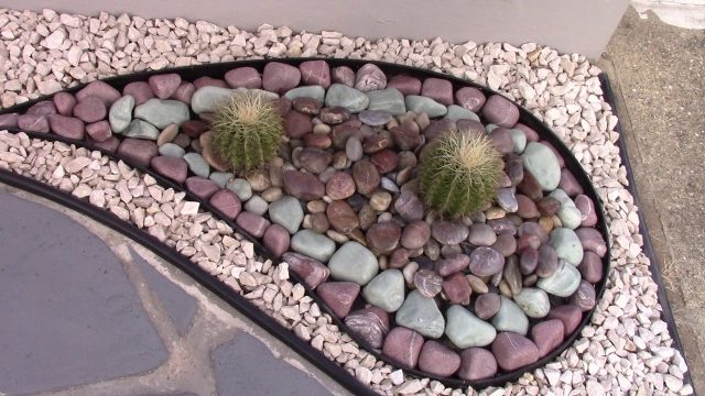 Amazing River Rocks desert landscaping designs  PART 7