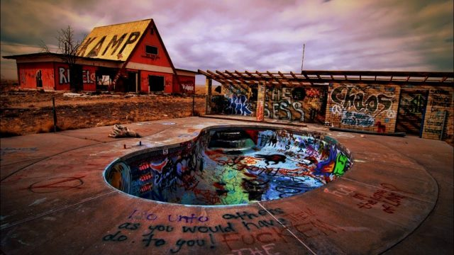 Abandoned Ghost Town with Indian Death Cave Hidden in the Arizona Desert