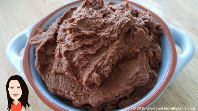 Apricot Chocolate Hummus – Easy Vegan Dessert Recipe!