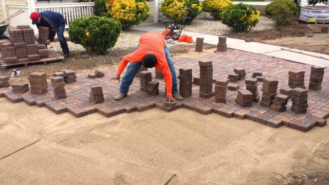 ZebraScapes Landscaping in Prescott, AZ : Omar laying pavers