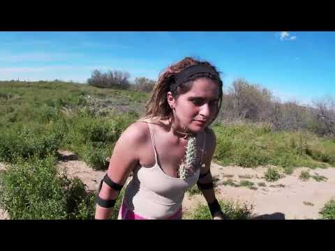Biker Falls Into Cactus Bush and Hurts Herself – 1064642