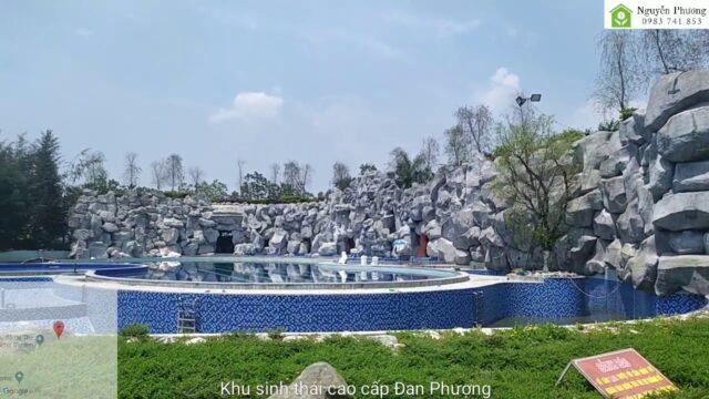 Khung cảnh bể bơi khu tiện tích The Phoenix Garden như thế nào?