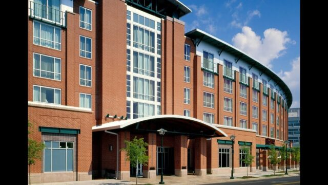 The Chattanoogan Hotel offers urban sojourn sanctuary
