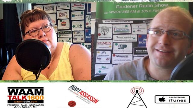 S3E29 Community Gardens, Cooking oils and Garden questions –