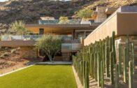 Minimalist Desert Landscape Architecture
